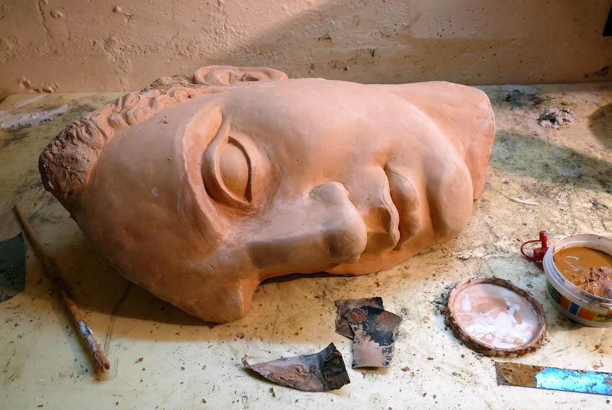 restauro frammenti greci classici ellenisti